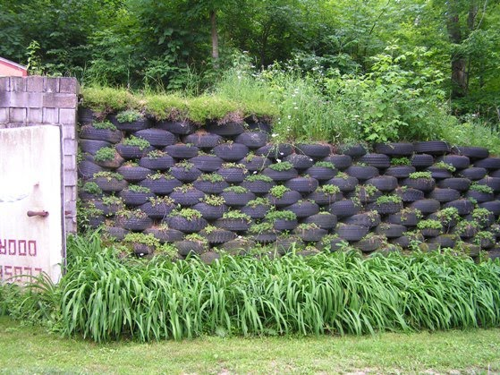 how to build a tire retaining wall