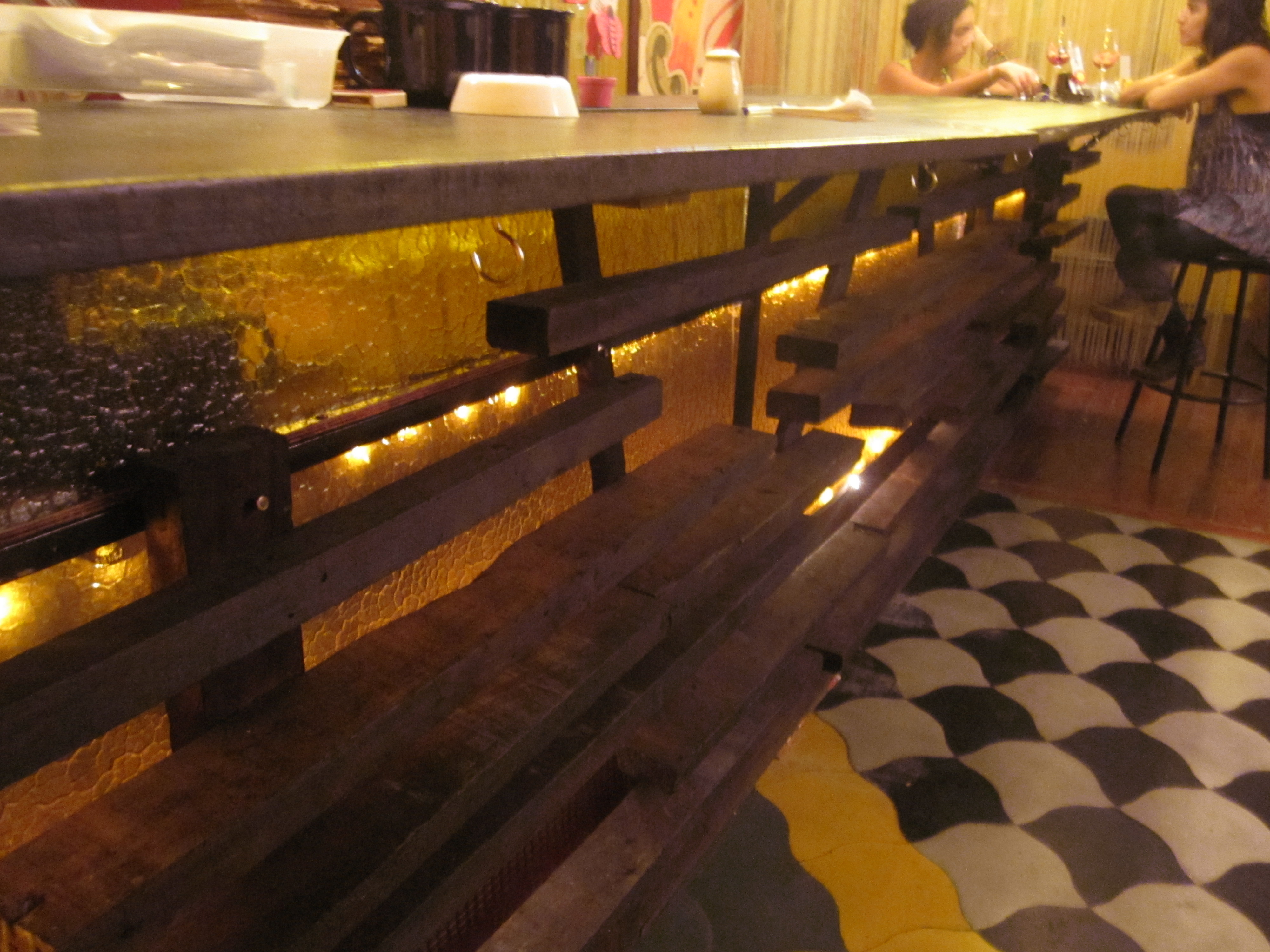 How to build a bar in 1 day:simple recycled interior design ideas ...